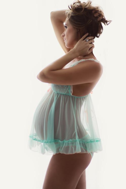 charlotte boudoir maternity photography